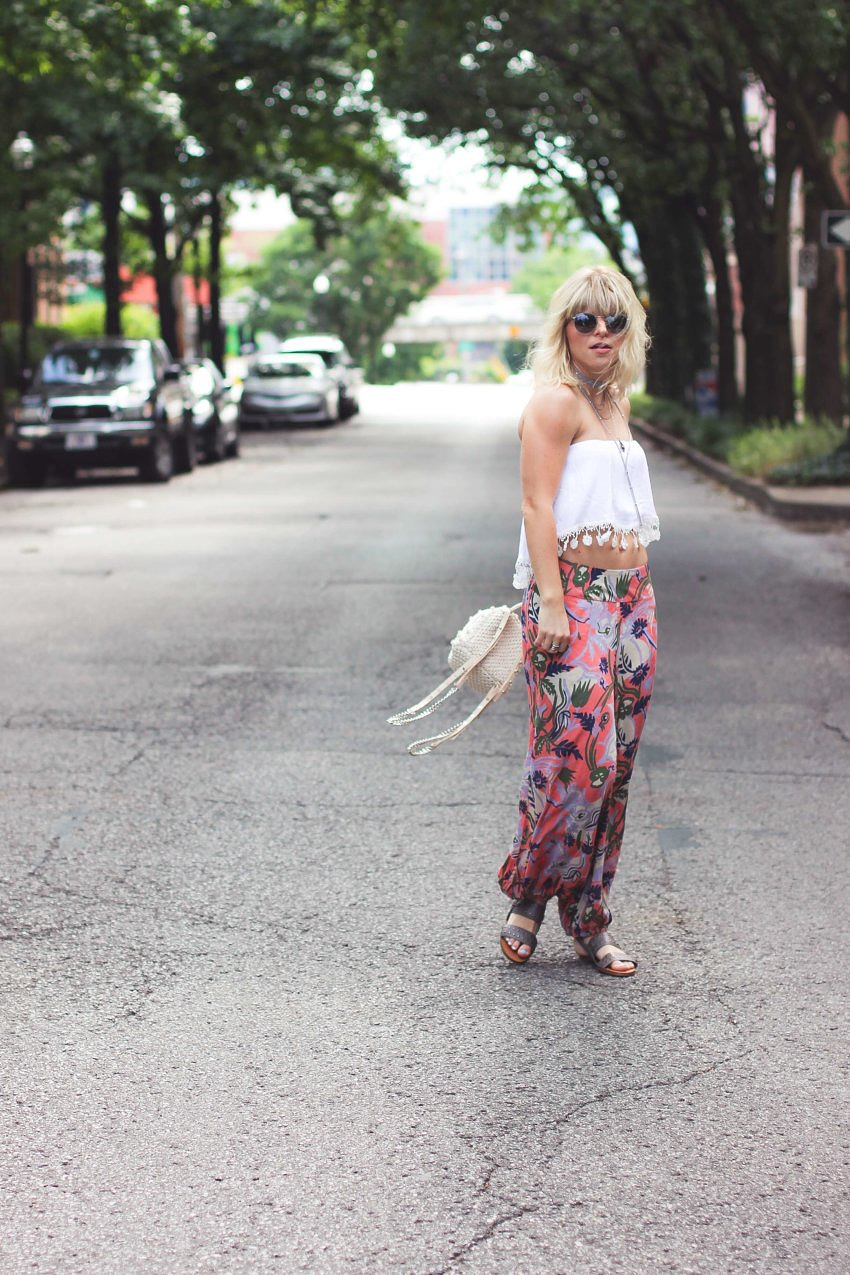 The Secret Way Petite Girls Can Wear Parachute Pants